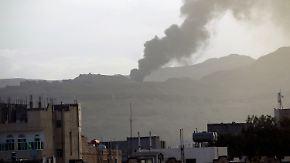 Kämpfe in Aden und Sanaa: Zivilbevölkerung flieht aus dem Jemen