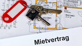 Ablösevereinbarungen werden normalerweise mit dem Vermieter getroffen und sind nicht im Mietvertrag geregelt.