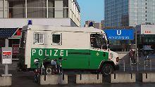 Rund um den Alexanderplatz in Berlin kommt es immer wieder zu brutalen Gewalttaten.