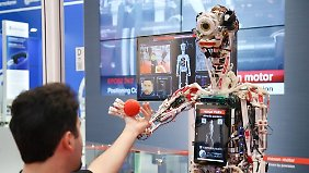"""Roboterparadies Hannover Messe: Die Helfer der Zukunft heißen """"Yumi"""" und """"Fifi"""""""