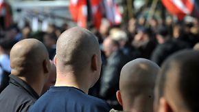 Scharfmacher Pegida?: Rechtsextreme Straftaten nehmen rasant zu