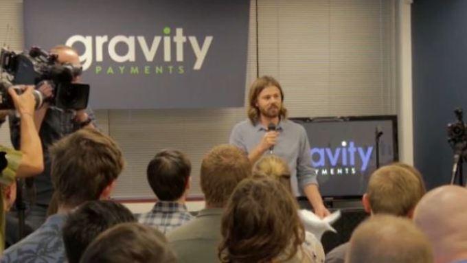 Chef verzichtet auf 90 Prozent Lohn: Gravity erhöht Gehälter aller Mitarbeiter auf 70.000 Dollar