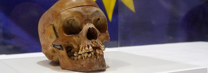 """Gebeine der Herero und Nama wurden zu """"Forschungszwecken"""" nach Deutschland gebracht - 2011 wurden einige Schädel an Namibia zurückgegeben."""