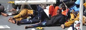 Nur 26 Flüchtlinge überlebten das Schiffsunglück vor der libyschen Küste.