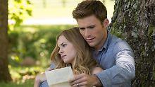 """Scott Eastwood mit seiner Filmpartnerin Britt Robertson bei """"Kein Ort ohne Dich""""."""