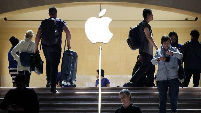 Am Apple hängt, zum Apple drängt doch alles.