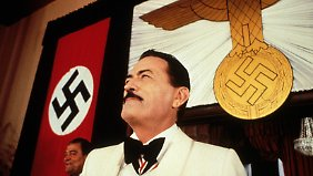 "Gregory Peck in ""The Boys From Brazil"". Er spielt den nach Südamerika geflohenen KZ-Arzt Josef Mengele."