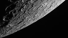 """Die Oberfläche des Merkur, aufgenommen von einer Spezialkamera an Bord der Sonde """"MEssenger""""."""