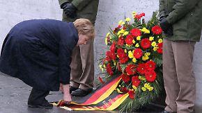70 Jahre Befreiung des KZ Dachau: Merkel ruft zum Widerstand gegen Antisemitismus auf