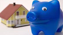 Wohn-Riester hilft, einen Immobilienkredit schneller zu tilgen. Allerdings ist es nicht für jeden Käufer auch die erste Wahl. Foto: Andrea Warnecke