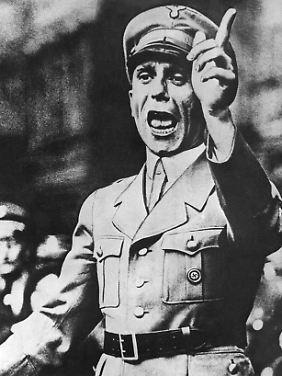 Joseph Goebbels während einer Rede (undatiert).