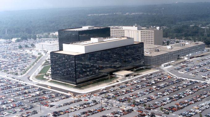 Die Daten von Telefonverbindungen sollen in Zukunft nicht von der NSA, sondern von den Telefonanbietern gespeichert werden.