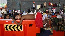 Boote zurück aufs Meer geschickt: Malaysia sucht Weg aus der Flüchtlingskrise