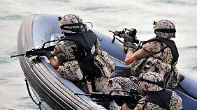 Flüchtlinge auf dem Mittelmeer: EU berät über Militäreinsätze gegen Schlepperbanden