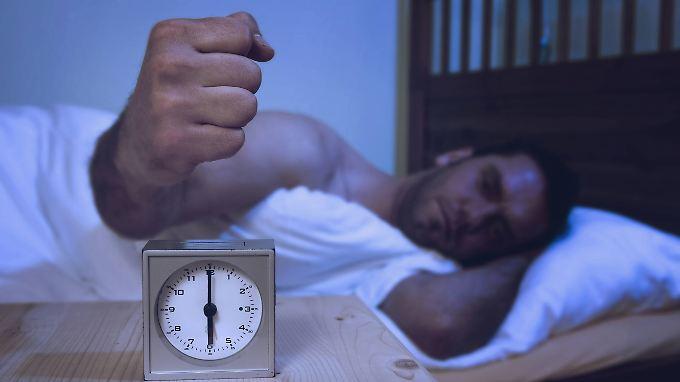 Die wenigsten Menschen springen morgens um sechs fröhlich aus dem Bett.