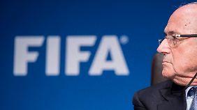 Korruption im Fußball: Mehrere Fifa-Funktionäre in der Schweiz verhaftet