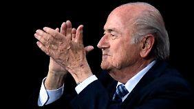 Prinz Ali gibt auf: Joseph Blatter bleibt Fifa-Präsident