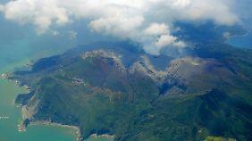 Spektakuläre Bilder aus Japan: Shindake spuckt neun Kilometer hohe Aschewolke