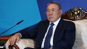 Führt Kasachstan mit harter Hand: Nursultan Nasarbajew.