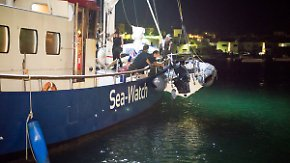 """Beobachten statt retten: Mittelmeereinsatz von """"Sea Watch"""" bleibt umstritten"""