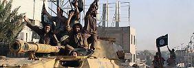 IS-Kämpfer im syrischen Rakka.