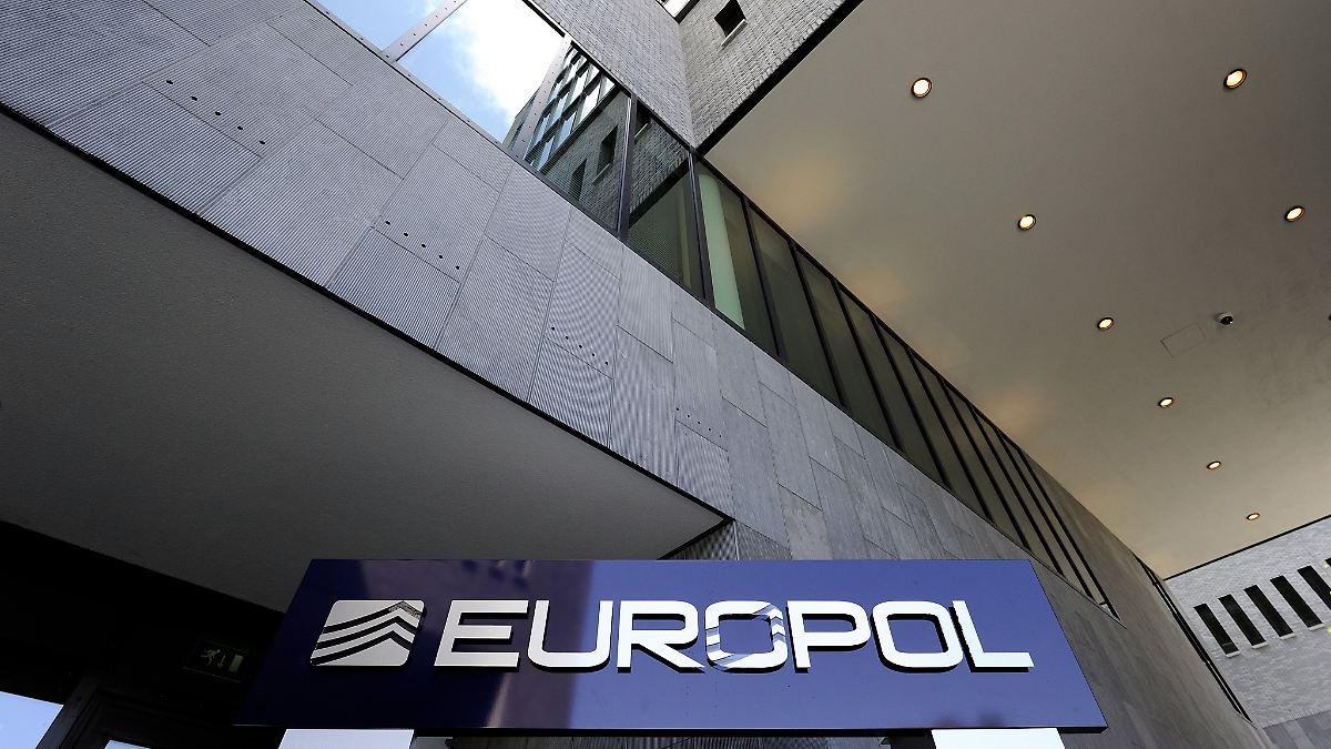 Europol jagt IS-Unterstützer im Netz