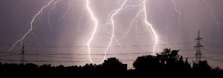 """""""Amelie"""" und die Folgen: Hitzewelle liefert Rekord und 65.000 Blitze"""
