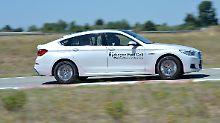 Nur durch den Schriftzug weist sich der BMW 5er GT als Wasserstofffahrzeug aus.