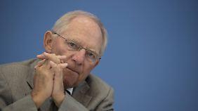 Feindbild Nr. 1 in Griechenland: Union profitiert bei Wählern von Schäubles harter Linie