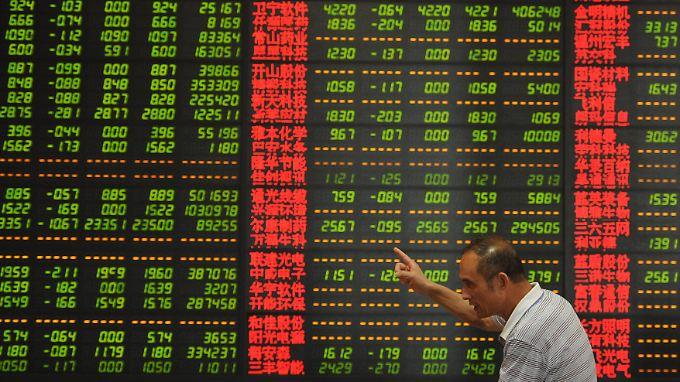 Verhinderung eines Börsenkollaps: Peking pumpt 73 Milliarden Euro in den Markt