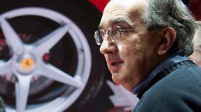 Ferrari-Boss Sergio Marchionne hat eine klare Kampfansage an Mercedes ausgesprochen.