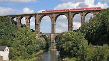 Unzureichender Wettbewerb: Kommission empfiehlt Bahn-Zerschlagung