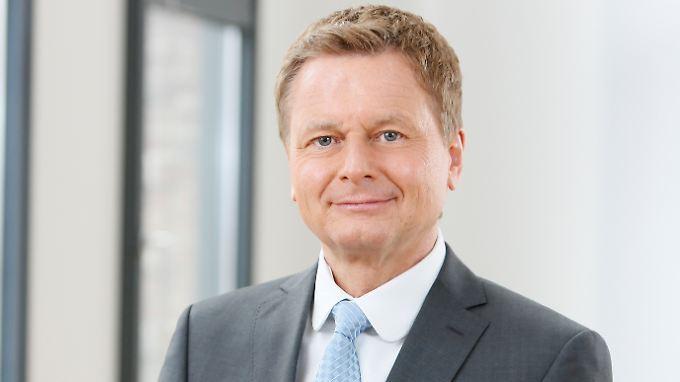"""Raimund Brichta moderiert bei n-tv die """"Telebörse"""""""