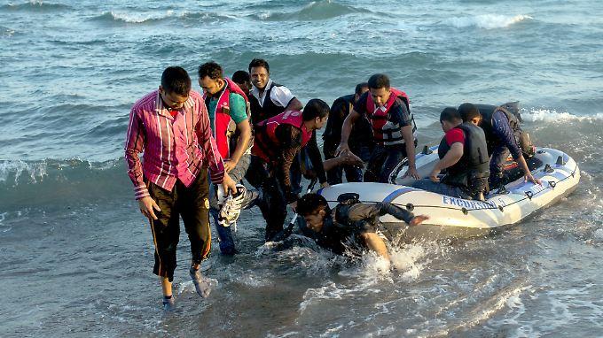 Laut dem Dubliner Übereinkommen ist das Land für das Asylverfahren verantwortlich, in dem der jeweilige Flüchtling ankommt.