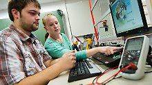 100.000 Studienabbrecher pro Jahr: Firmen mögen Nicht-Studierte oft lieber