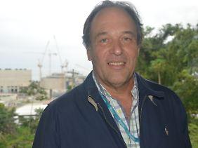 José Eduardo Costa Mattos ist der Chef der Baustelle.