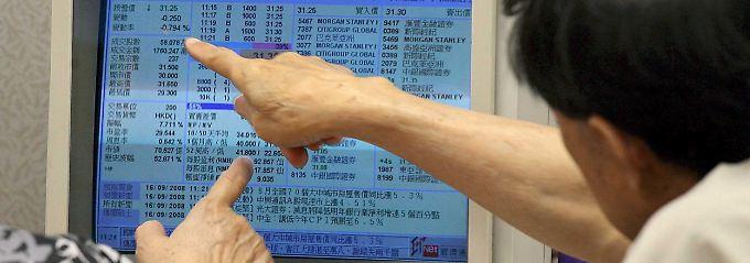Finanzaufsicht ermittelt nach Crash: China nimmt Händler an die kurze Leine