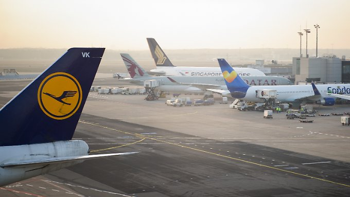 Die Luftverkehrsbranche zieht Halbjahresbilanz.