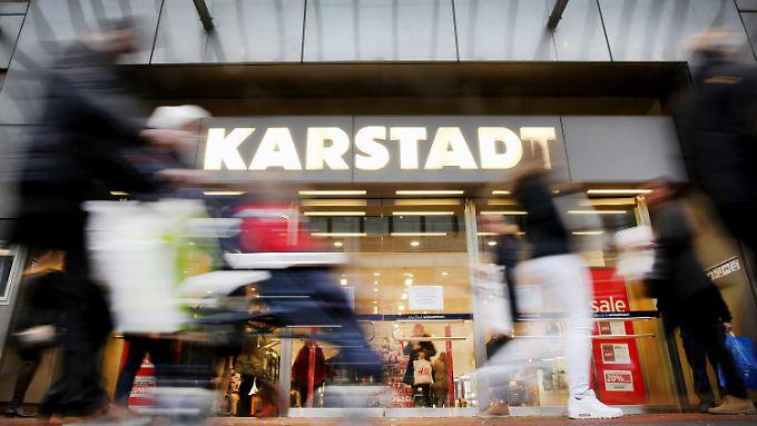 Tiefrote Zahlen: Karstadt-Konzept geht nicht auf