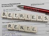 Arbeitgeber helfen beim Sparen: Lohnt sich die neue Betriebsrente?