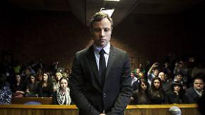 Druck von Frauenrechtlerinnen: Oscar Pistorius kommt noch nicht vorzeitig aus der Haft