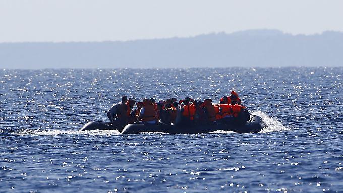 Allein am Samstag kamen 4000 Flüchtlinge in Booten auf der Insel Lesbos an.
