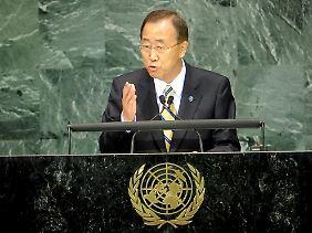 UN-Generalsekretär Ban Ki-moon spricht auf dem Millenniumsgipfel in New York zu den Vereinten Nationen.