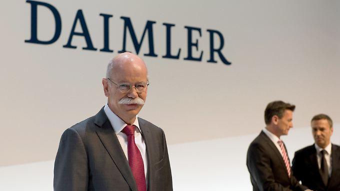 Daimler-Chef Dieter Zetsche fordert ein Abschiebeverbot für Azubis.