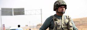 Sorge um abgeriegelte Kurdenstadt: Türkei fliegt massive Angriffe auf PKK