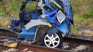 Tödlicher Unfall in Rheinland-Pfalz: Zug überrollt fünf junge Männer