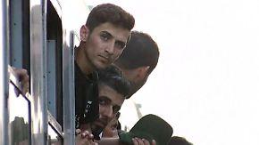 """Streit um Flüchtlingstransporte: Ungarn wirft Kroatien """"komplettes Versagen"""" vor"""