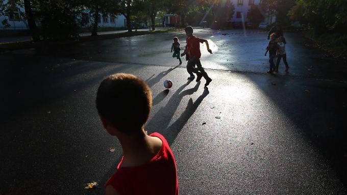 Die meisten Kinder, die unbegleitet nach Deutschland kommen, fallen nicht unter die im Kabinett beschlossene Regel.