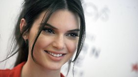 Promi-News des Tages: Kendall Jenner darf Caitlyn Papa nennen