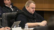 Mit eigenem Sessel im Gericht: Luft für Kim Dotcom wird dünner